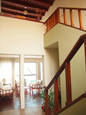 Bonita casa de dos pisos en La Capullana, Surco
