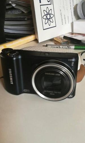 Camara fotográfica Samsung WB200F. Usada