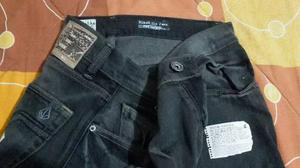 87537b1add05 Jean  strong volcom  strong  black zip 32-33 rip quik