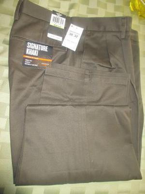 Pantalon De Vestir Para Hombre Marca Signature Khaki Talla