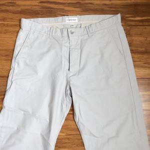 Remato Pantalon Hombre Calvin Klein Plomo Claro Talla 36