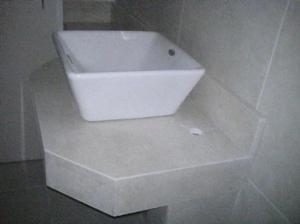 Tumbas y lapidas de marmol y granito posot class for Granito marmol cuarzo