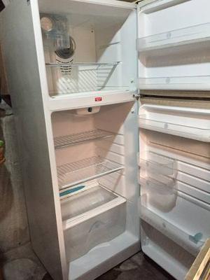 Refrigeradora Mabe En Perfecto Estado Vendo O Cambio