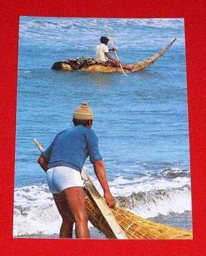 Antigua Postal Pescando Con Caballitos De Totora Huanchaco