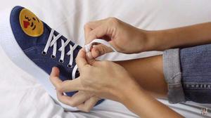 Papel Adhesivo Para Telas En Zapatillas, Bolsos, Polos