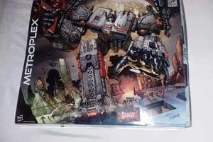 Transformers Titan Class Metroplex - Comiccon 2013 Hasbro 51