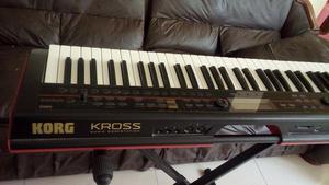 Vendo Teclado Sintetizador Korg Kross 61 Teclas OCASION!