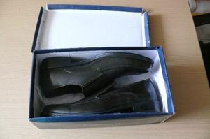 Vendo Zapatos Color Marron Rainfores Talla 43 Nuevo En Caja
