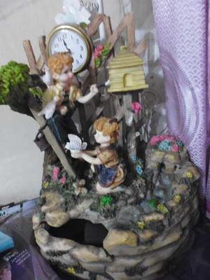 Fuente De Agua En Ceramica Nuevo,lampara Y Reloj A Corriente