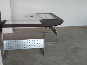 Mesa de Escritorio de Vidrio en Esquina