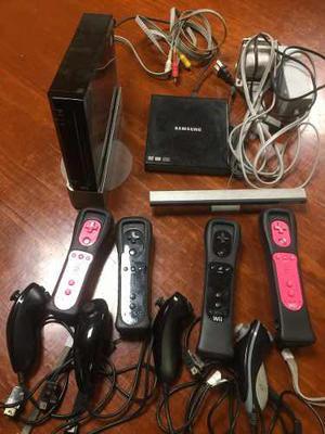 Nintento Wii - 4 Mandos - 4 Nunchuks, Lector Adicional De Cd