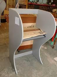 Se fabrican cabinas de internet de melamina e individuales