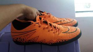 Vendo Zapatillas Futbol Nike Nuevas