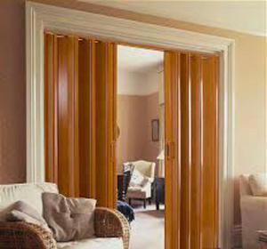 Puertas plegables de pvc con paneles lisos posot class - Puertas plegables a medida ...