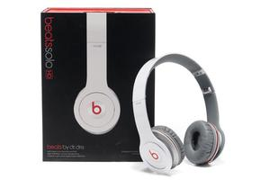 Beats Solo HD by Dr. Dre