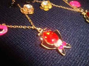 Collar Cadena Con Bellisimo Dije De Vampirito Con Perlita