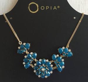 Collar Elegante Metalico Dorado Con Flores Azul Acero