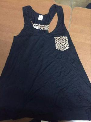 Blusa Con Estilo Animal Print... Se Vende Al Mayor Y Detal