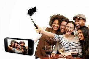 Monopod (selfie Stick) Con Bluetooth Incorporado