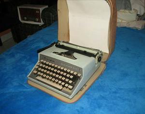Antigua Maquina De Escribir Remington