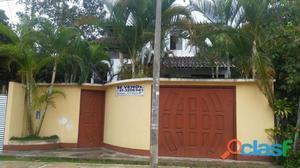 Venta de vivienda de tres pisos en Moyobamba - San Martín