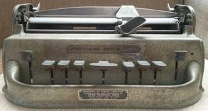 Antigua Maquina De Escribir Perkins Brailler Hecho En U.s.a.