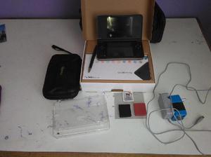 Nintendo Dsi Xl con accesorios SOLO TACNA