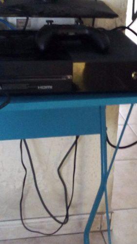 Vendo Xbox One De 500gb Con Un Par De Juegos Digitales