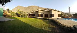 Se alquila Casa en La Planicie - La Molina.