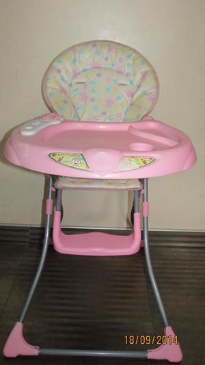 Se vende silla de comer para Niña