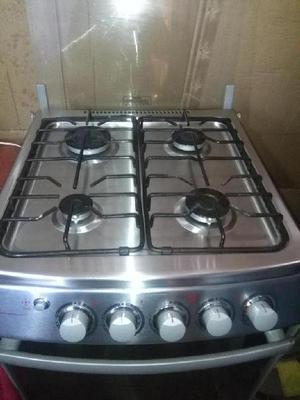 vendo refrigeradora,lavadora y cocina con horno