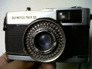 Antigua Cámara De Fotos Olympus Trip 35 Made In Japan