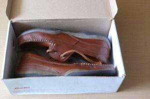 Vendo Hermosos Zapatos Sport De Cuero Talla 43 Nuevos Bata