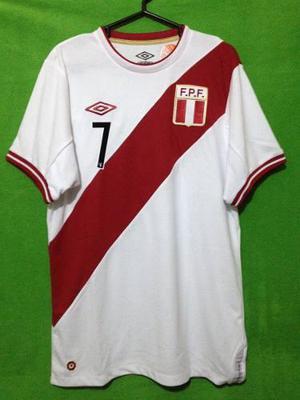 Camiseta Selección Peruana Modelo 2011 Umbro. Talla M #7