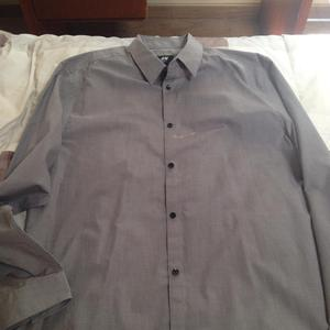 Vendo Camisa Vestir Ploma Marca Hym