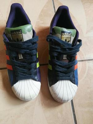 Vendo Zapatilla Adidas Superstar