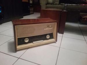 Antigua Radio Philips Para Decoracion