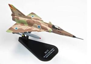 Avión Caza Kfir C-7 Juguete Modelismo Militar