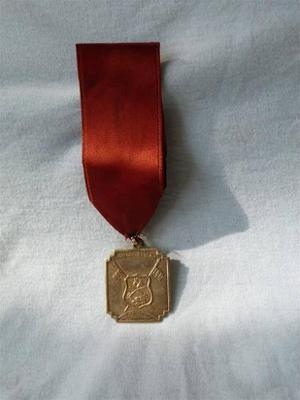 Medalla De Plata De Legion De Caballeria Del Peru.