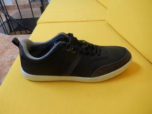 Zapatos Guess Originales Talla 9.5 O 42.5