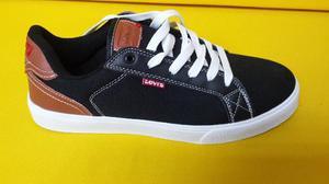 Zapatos Levis Originales Talla 9.5 O 42.5