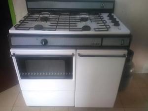 Cocina a gas con horno y dorador electrolux posot class for Cocina a gas y electrica