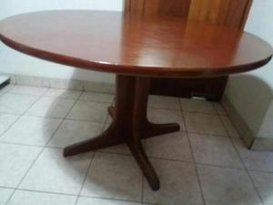 Juego de comedor de madera mesa redonda con posot class for Mesa redonda con sillas
