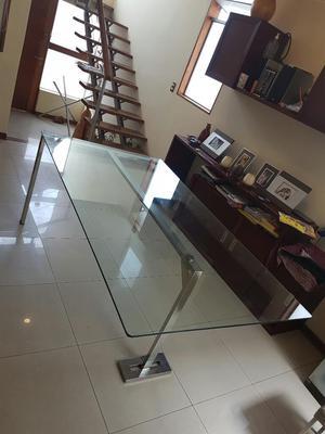 Mesa moderna con base de acero posot class - Mesas de vidrio modernas ...