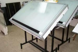 Dibujo mesas de trabajo para calcar luminosas posot class - Mesas dibujo tecnico ...