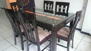 Juego de comedor mesa de vidrio con madera posot class for Juego comedor madera 6 sillas