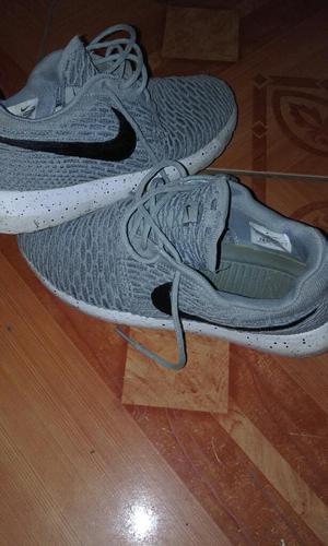 Vendo Zapatillas Nike Talla 41