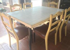 Juego de comedor usado mesa desarmable 6 sillas posot class for Comedor 6 sillas usado