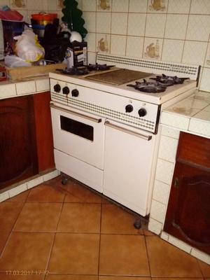 Vendo cocina inresa nueva al mejor precio 330 s posot class for Precio cocina nueva