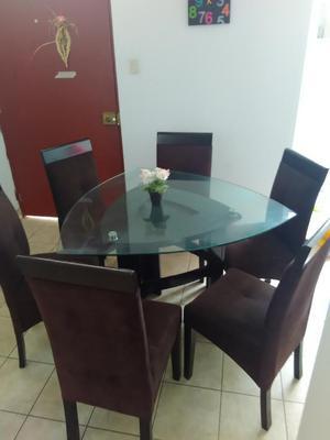 Comedor usado mesa vidrio 6 puestos posot class for Comedor 6 sillas usado